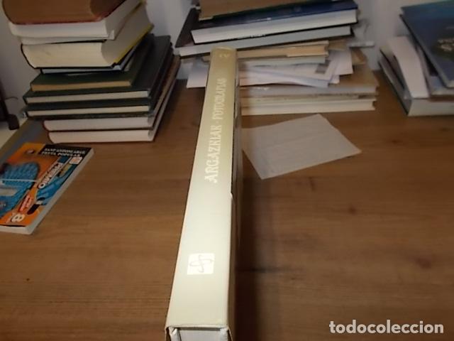 Libros de segunda mano: ARGAZKIAK ( GIPUZKOA-DONOSTIA). FOTOGRAFÍAS (1951-1960).TOMO IV. CAJA DE AHORROS MUNICIPAL. 1989. - Foto 32 - 143397718