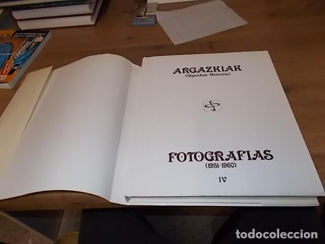 Libros de segunda mano: ARGAZKIAK ( GIPUZKOA-DONOSTIA). FOTOGRAFÍAS (1951-1960).TOMO IV. CAJA DE AHORROS MUNICIPAL. 1989. - Foto 34 - 143397718