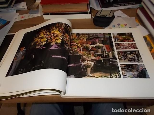 Libros de segunda mano: ELS MERCATS DE BARCELONA. TEXT DANIELLE PROVANSAL. FOTOGRAFIA MELBA LEVICK. 1ª EDICIÓ 1992. - Foto 9 - 145770662