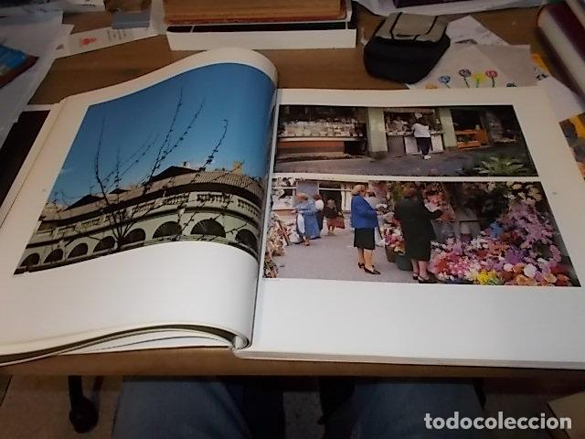 Libros de segunda mano: ELS MERCATS DE BARCELONA. TEXT DANIELLE PROVANSAL. FOTOGRAFIA MELBA LEVICK. 1ª EDICIÓ 1992. - Foto 10 - 145770662