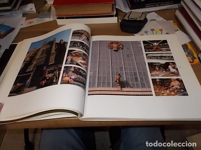 Libros de segunda mano: ELS MERCATS DE BARCELONA. TEXT DANIELLE PROVANSAL. FOTOGRAFIA MELBA LEVICK. 1ª EDICIÓ 1992. - Foto 12 - 145770662