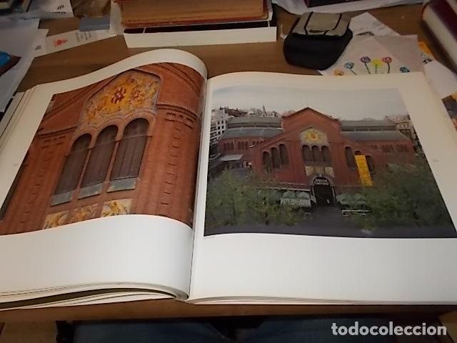 Libros de segunda mano: ELS MERCATS DE BARCELONA. TEXT DANIELLE PROVANSAL. FOTOGRAFIA MELBA LEVICK. 1ª EDICIÓ 1992. - Foto 17 - 145770662