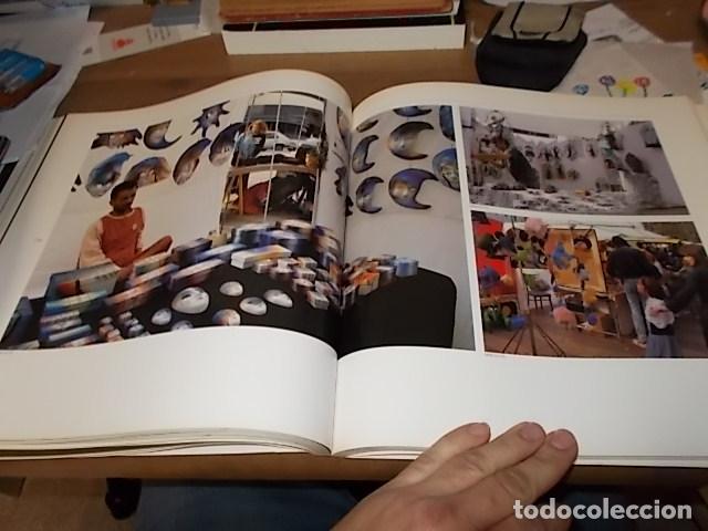 Libros de segunda mano: ELS MERCATS DE BARCELONA. TEXT DANIELLE PROVANSAL. FOTOGRAFIA MELBA LEVICK. 1ª EDICIÓ 1992. - Foto 19 - 145770662