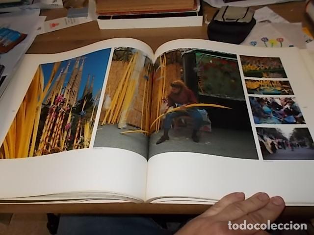 Libros de segunda mano: ELS MERCATS DE BARCELONA. TEXT DANIELLE PROVANSAL. FOTOGRAFIA MELBA LEVICK. 1ª EDICIÓ 1992. - Foto 21 - 145770662