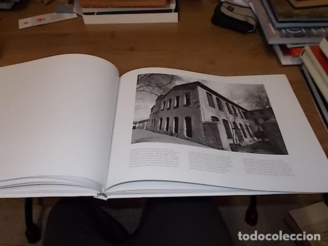 Libros de segunda mano: SÓLLER .BAJO LA MONTAÑA. IMÁGENES DE SÓLLER Y SU GENTE. FOTOGRAFÍAS ANDREW MACLEAR. 2007. MALLORCA - Foto 11 - 146630654