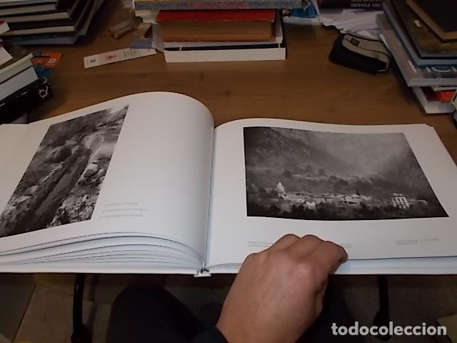 Libros de segunda mano: SÓLLER .BAJO LA MONTAÑA. IMÁGENES DE SÓLLER Y SU GENTE. FOTOGRAFÍAS ANDREW MACLEAR. 2007. MALLORCA - Foto 24 - 146630654