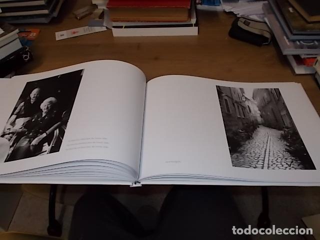 Libros de segunda mano: SÓLLER .BAJO LA MONTAÑA. IMÁGENES DE SÓLLER Y SU GENTE. FOTOGRAFÍAS ANDREW MACLEAR. 2007. MALLORCA - Foto 25 - 146630654