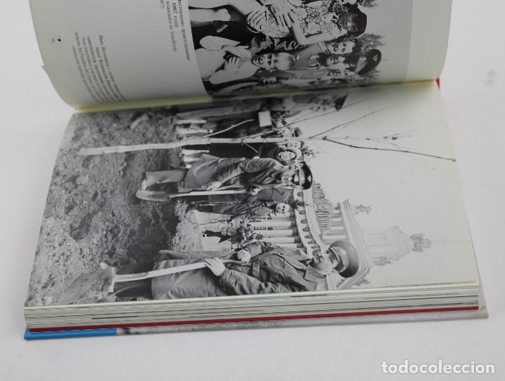 Libros de segunda mano: SPUTNIK - JOAN FONTCUBERTA. FUNDACIÓN TELEFÓNICA 1997. 17X23CM. - Foto 2 - 149105694