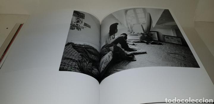 Libros de segunda mano: FOTOGRAFIA Y VIDA COTIDIANA. AÑOS 70. LA FABRICA - arm05 - Foto 2 - 149248090