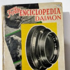Libros de segunda mano: FOTOGRAFÍA EN BLANCO Y NEGRO. Lote 149985038