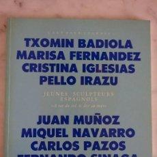 Livres d'occasion: VARIOS ESCULTORES-CRISTINA IGLESIAS-JUAN MUÑOZ-PELLO IRAZU-MIQUEL NAVARRO. Lote 192053578