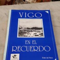 Libros de segunda mano: VIGO EN EL RECUERDO - 36 FOTOGRAFIAS DE VIGO. Lote 162021178