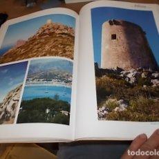 Libros de segunda mano: POLLENÇA. HOMENAJE A LA BELLEZA. HANS-R-MONHEIM. 2006. ARQUITECTURA, FOLKLORE, GEOGRAFÍA... MALLORCA. Lote 166036494