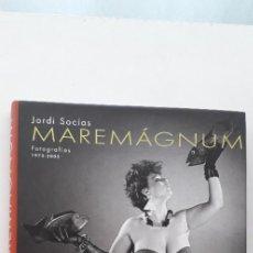 Libros de segunda mano: MAREMAGNUM. FOTOGRAFIAS 1973-2005 - JORDI SOCIAS . Lote 166165050
