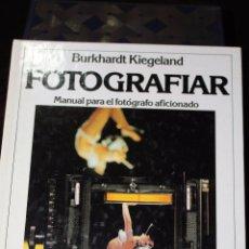 Libros de segunda mano: MANUAL PARA EL FOTOGRAFO AFICIONADO (FOTOGRAFIAR). Lote 168374920