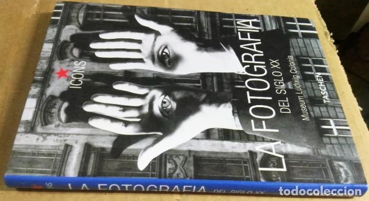 Libros de segunda mano: La fotografía del siglo XX. Museo Ludwig Colonia, Taschen 2001 - Foto 2 - 171236189