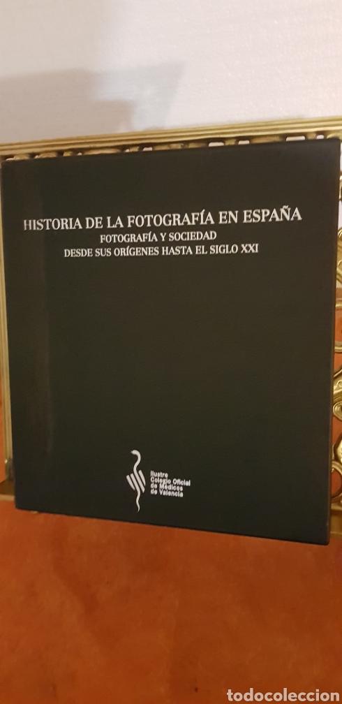 Libros de segunda mano: HISTORIA DE LA FOTOGRAFÍA EN ESPAÑA. FOTOGRAFIA Y SOCIEDAD DESDE SUS ORÍGENES HASTA EL SIGLO XXI - Foto 9 - 178164371