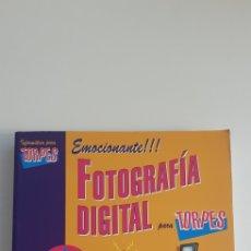 Libros de segunda mano: FOTOGRAFÍA DIGITAL PARA TORPES. Lote 178790721