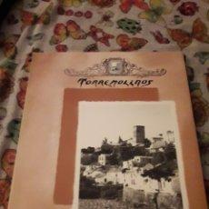 Libros de segunda mano: TORREMOLINOS. J. LACUEY. EDICIÓN BATAN DE 1990.. Lote 181204228