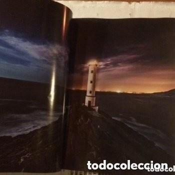Libros de segunda mano: GALICIA, UN LUGAR MÁXICO PARA CONTEMPLAR AS ESTRELAS. OBRA FOTOGRÁFICA DE DANIEL LLAMAS/ DANIEL LOIS - Foto 2 - 183379596