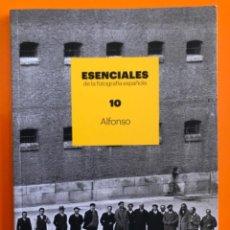 Libros de segunda mano: FOTOGRAFIA- ALFONSO- ESENCIALES DE LA FOTOGRAFIA ESPAÑOLA- 2.017. Lote 187082970