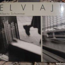 Libros de segunda mano: LIBRO DE ALBERTO SCHOMMER. EL VIAJE. FOTOGRAFÍA. Lote 187513897