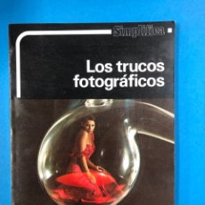 Libros de segunda mano: AMPHOTO - LOS TRUCOS FOTOGRAFICOS - SIMPLIFICA - EDICIONES DAIMON 1981. Lote 190319952