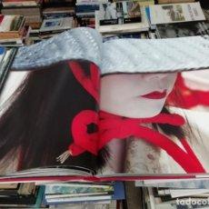 Libros de segunda mano: HOMENAJE A ASIA . FOTOGRAFÍAS OLIVIER FÖLLMI . LUNWERG . 1ª EDICIÓN 2008. PAISAJE, FOLKLORE.... Lote 194354091