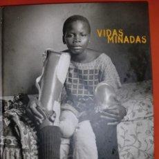Libros de segunda mano: VIDAS MINADAS. GERVASIO SÁNCHEZ 1997.. Lote 195232493