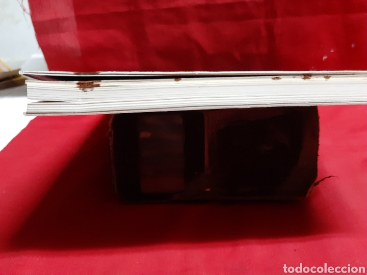 Libros de segunda mano: ART I PROPAGANDA. Cartells de la Universitat de Valencia publ . de la Univ Valencia 2001 en buen est - Foto 4 - 195335546
