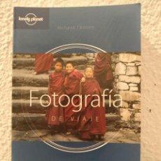 Libros de segunda mano: FOTOGRAFÍA DE VIAJE RICHARD L'ANSON. Lote 206593102