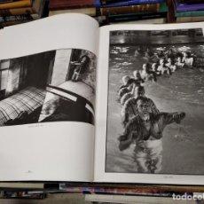 Libros de segunda mano: LOS GRANDES FOTÓGRAFOS . CHARLES HARBUTT . EDICIONES ORBIS . 1ª EDICIÓN 1985 .. Lote 206949852