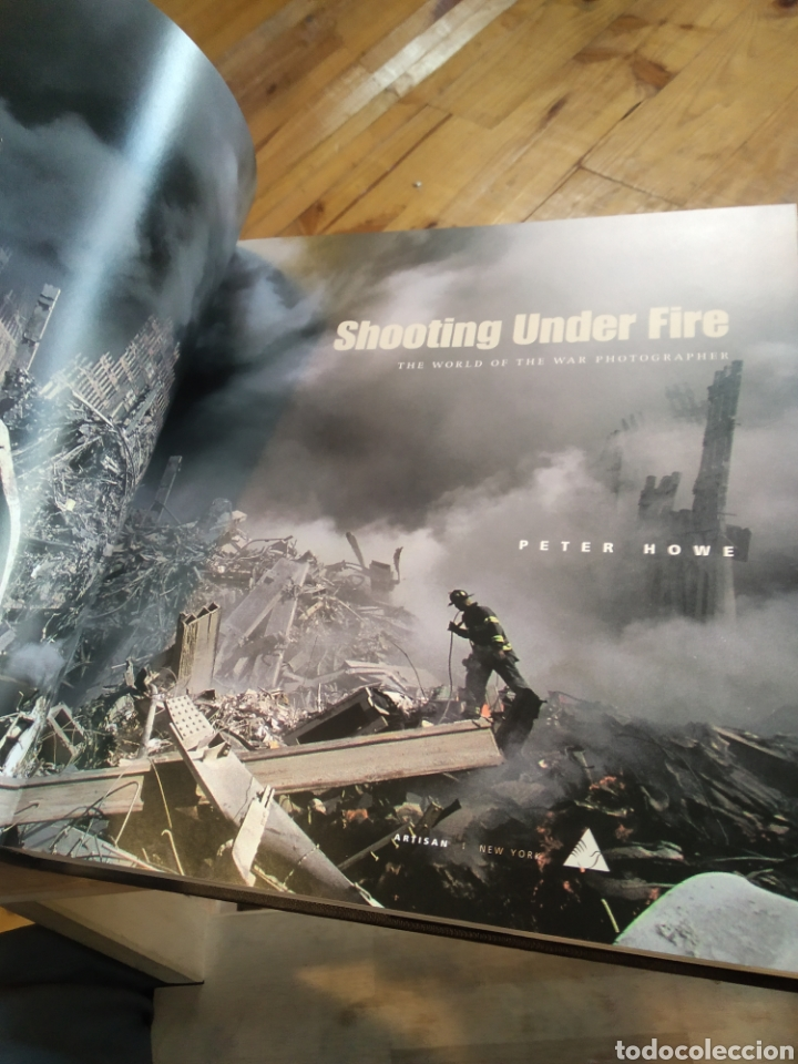 Libros de segunda mano: SHOOTING UNDER FIRE. PETER HOWE - Foto 4 - 210194081
