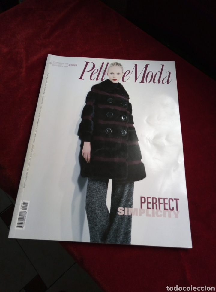 REVISTA PELLICE MODA. ITALIANA AÑO 2009 (Libros de Segunda Mano - Bellas artes, ocio y coleccionismo - Diseño y Fotografía)