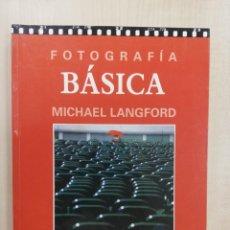 Libri di seconda mano: FOTOGRAFIA BASICA - MICHAEL LANGFORD. Lote 218754646