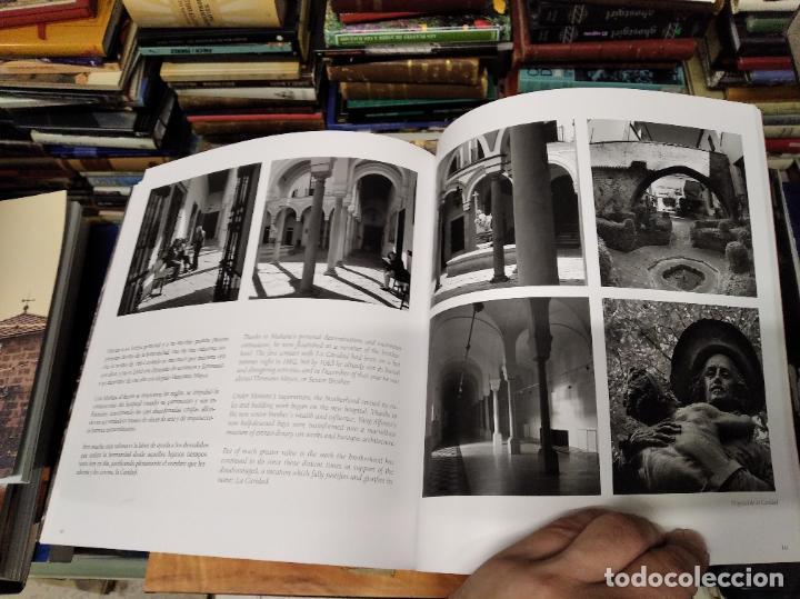 Libros de segunda mano: LA VIDA SECRETA DE SEVILLA .FOTOGRAFÍAS Y TEXTO ANTONIO DEL JUNCO . 1ª EDICIÓN 2017 . FOLCLORE - Foto 17 - 219239850