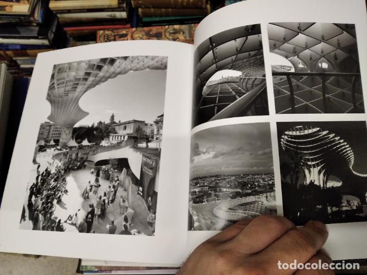 Libros de segunda mano: LA VIDA SECRETA DE SEVILLA .FOTOGRAFÍAS Y TEXTO ANTONIO DEL JUNCO . 1ª EDICIÓN 2017 . FOLCLORE - Foto 20 - 219239850