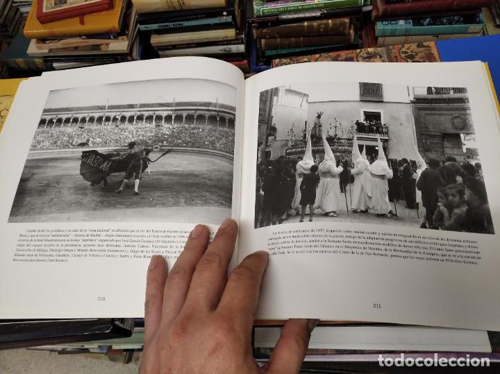 Libros de segunda mano: SEVILLA . IMÁGENES DE UN SIGLO. HOMENAJE AL PERIODISMO GRÁFICO. AYUNTAMIENTO DE SEVILLA. 1995 - Foto 17 - 219600863