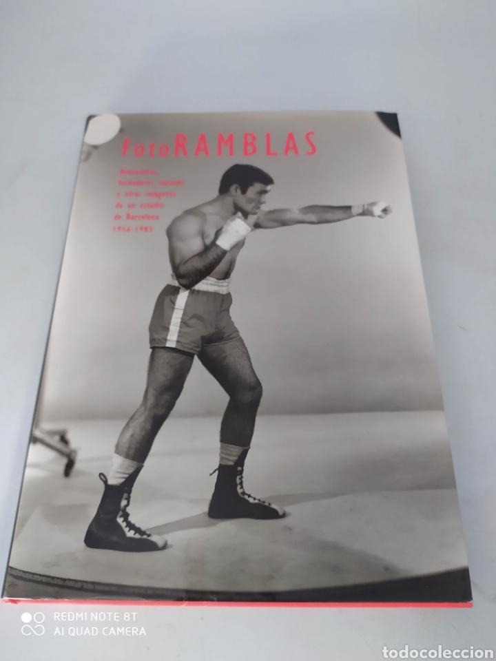 FOTOS RAMBLAS BOXEADORES, LUCHADORES, VARIETÉS Y OTRAS IMÁGENES DE UN ESTUDIO DE BARCELONA 1956-1985 (Libros de Segunda Mano - Bellas artes, ocio y coleccionismo - Diseño y Fotografía)