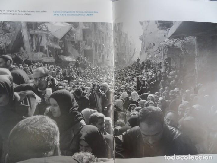 Libros de segunda mano: MUJERES REFUGIADAS DE PALESTINA, ESP-CAT, ILUSTRADO, UNRWA CATALUNYA, VER FOTOS - Foto 11 - 223067020