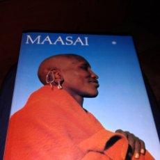 Libros de segunda mano: LIBRO FOTOGRAFÍA DE LOS MAASAI TEXTO TEPILIT OLE SAITOTI FOTOGRAFÍA CAROL BECKWITH ÁFRICA TRIBU. Lote 224089916