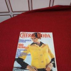 Libros de segunda mano: REVISTA DE MODA CHERIE MODA AÑO 1975.. Lote 233353720