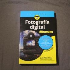 Libros de segunda mano: FOTOGRAFÍA DIGITAL PARA DUMMIES. JULIE ADAIR KING.. Lote 238577890