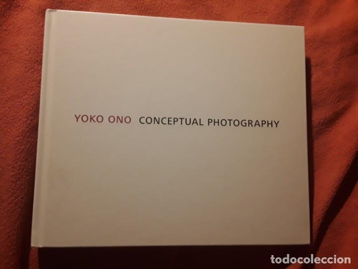 CONCEPTUAL PHOTOGRAPHY, DE YOKO ONO. EXCELENTE ESTADO. EN INGLÉS (Libros de Segunda Mano - Bellas artes, ocio y coleccionismo - Diseño y Fotografía)