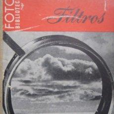 Libros de segunda mano: FILTROS - FOTO BIBLIOTECA - ED. OMEGA - 1948. Lote 244443320