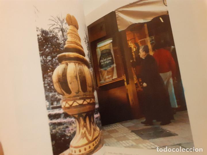 Libros de segunda mano: Exposición fotográfica itinerante Sevilla-Alemania - Sevilla: Diálogos con la ciudad - Foto 3 - 245352340