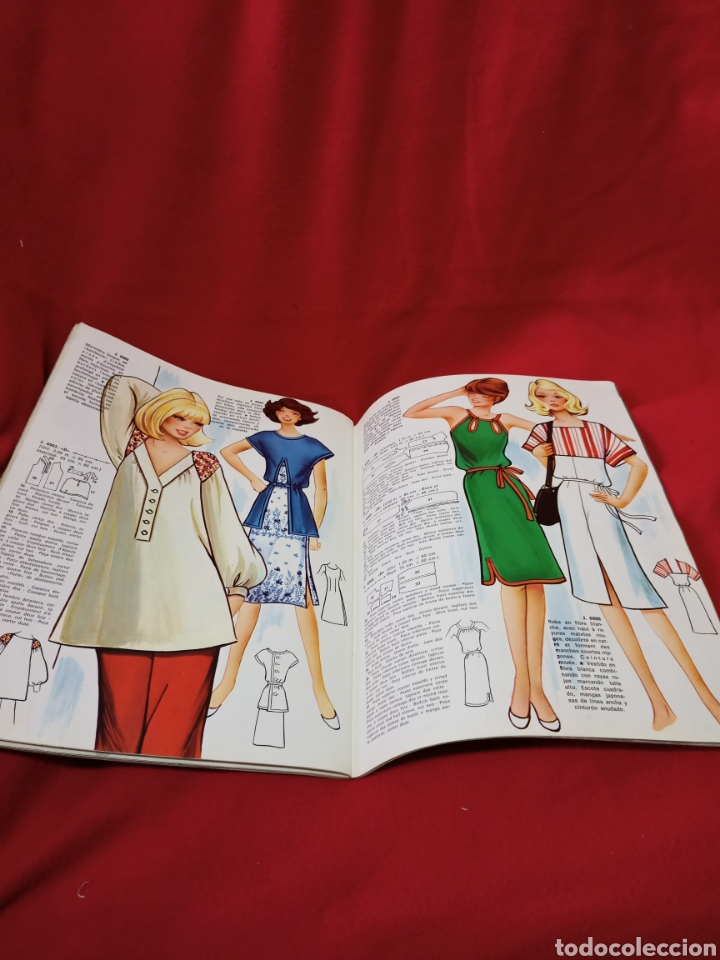 Libros de segunda mano: Muy interesante revista de moda Jan año 1977 - Foto 5 - 245352905