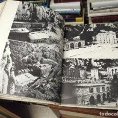 Libros de segunda mano: MONTSERRAT . PEDRA I HOMES. FOTOGRAFIES ANDREU BASTÉ I PERE FERRER SAUQUÉ. 1ª EDICIÓ 1967.. Lote 254646050