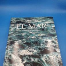 Libros de segunda mano: EL MAR . PHILIP PLISSON. GRAN FORMATO. Lote 259225075