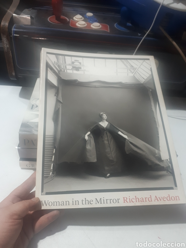 LIBRO FOTOGRAFÍA WOMAN IN THE MIRROR RICHARD AVEDON SCHIRMER/MOSEL (Libros de Segunda Mano - Bellas artes, ocio y coleccionismo - Diseño y Fotografía)